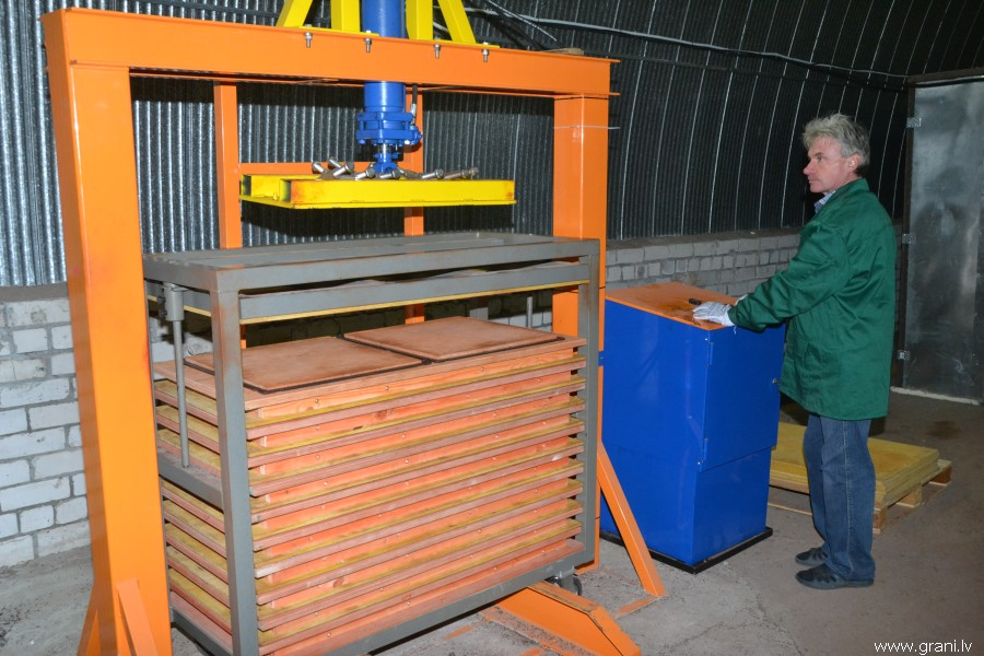 Оборудование для производства резиновой плитки своими руками 80