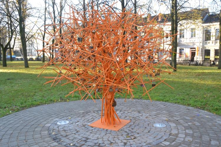 Как сделать металлическое дерево 790