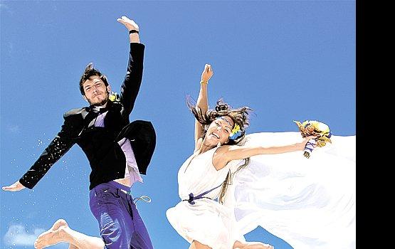 «Свадьба года – 2012»: бал, цветочная церемония и романтический отдых