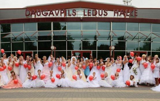 Невесты, собирайтесь на парад!