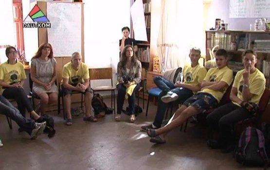 Двадцать семь подростков из разных стран искали стереотипы (видео)