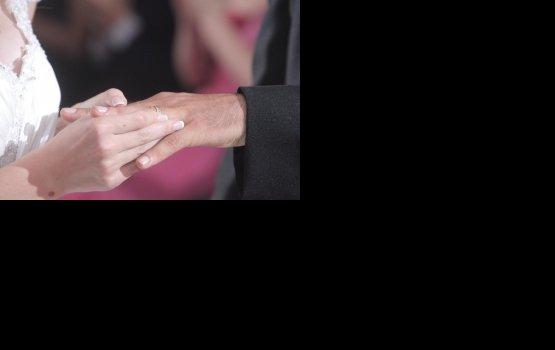 В Латвии растет количество браков