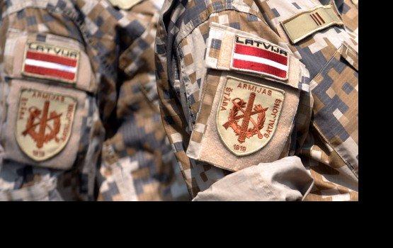 """В Латвии стартует акция """"Передай привет солдату"""""""
