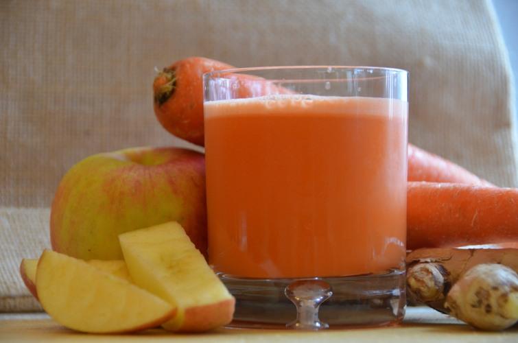 Сок морковный польза и вред