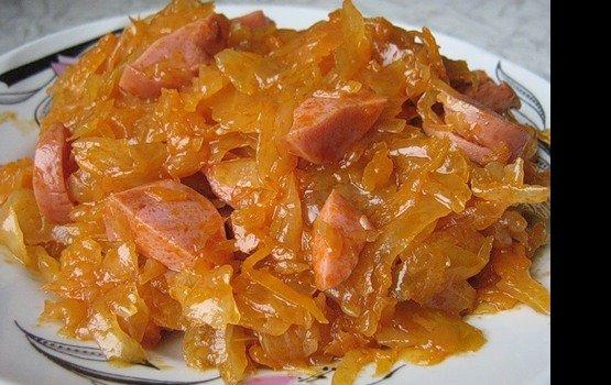 капуста тушеная с колбасой вареной