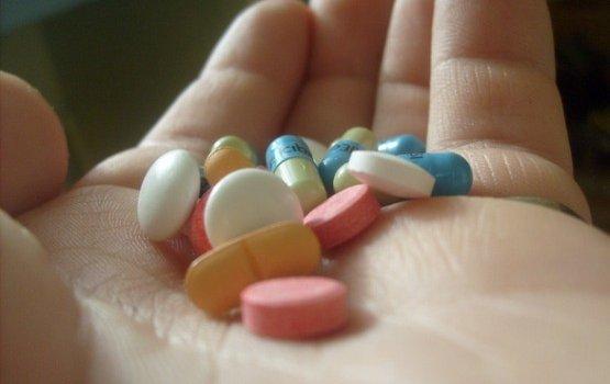 """Газета: """"поддержка"""" врачей обошлась производителям лекарств в 2,8 млн. евро"""