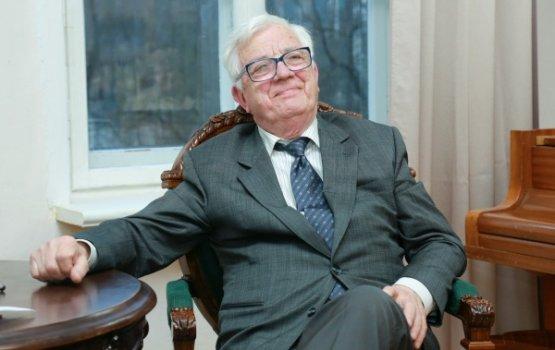 """Паулс: """"Политики портят имидж Латвии, но не надо на них реагировать"""""""