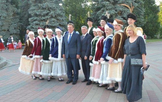 Участников фестиваля приветствовали премьер-министр и мэр Даугавпилса