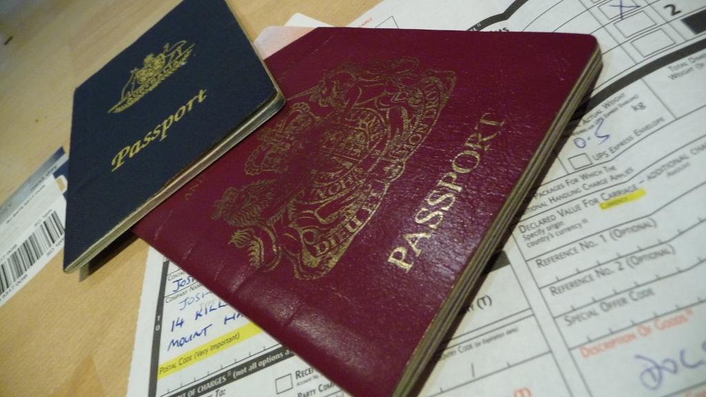 Российская Федерация подтвердила потребность виз для совершеннолетних неграждан Латвии