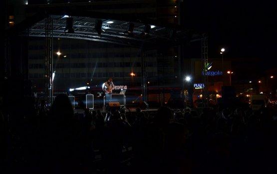 День знаний завершился шоу и школьной дискотекой (фото)