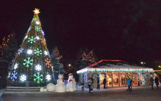 На площади Виенибас в зимние праздники могут появиться детские аттракционы
