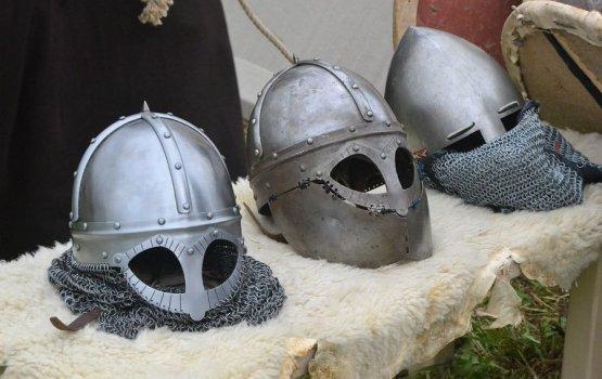 Даугавпилсская крепость: звон мечей под звуки песен