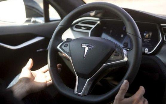 Tesla не даст заработать на самоуправляемом Model X в Uber или LYFT