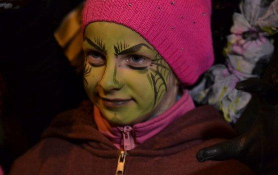 Хеллоуин на улице Ригас