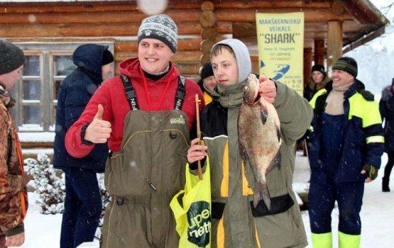 «Большая рыба Галшуна» привлекла почти 150 рыболовов!