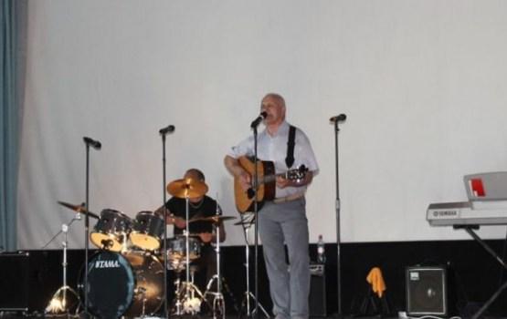 Анатолий Байко и музыканты приглашают на концерт