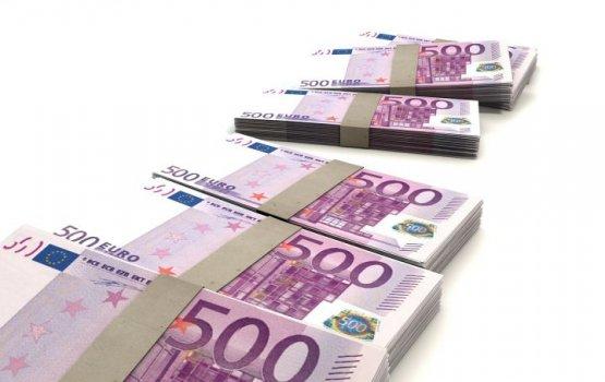 В Люксембурге служебная собака нашла в поезде 286 тысяч евро