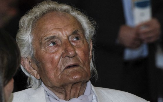 Умер легендарный хоровой дирижер Гидо Кокарс