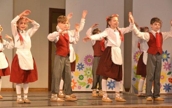 Школьники города покорили своим танцевальным мастерством