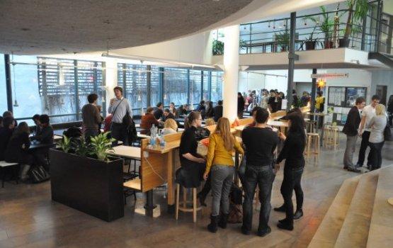 Стокгольмская школа зовет в «Академию молодых лидеров»
