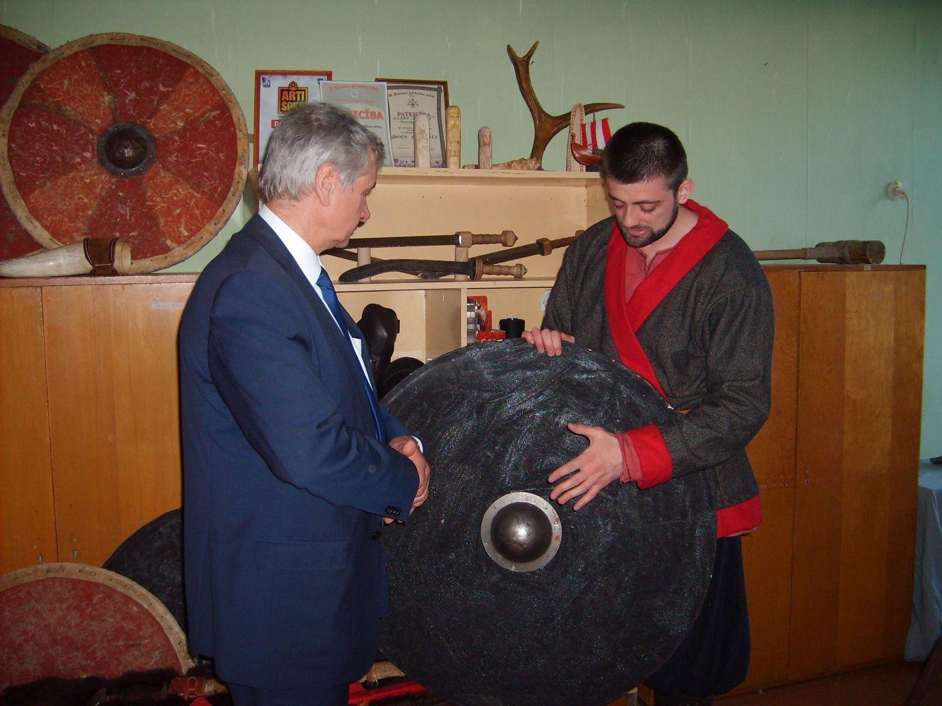 Министр Шадурскис оставил свой след в Даугавпилсе