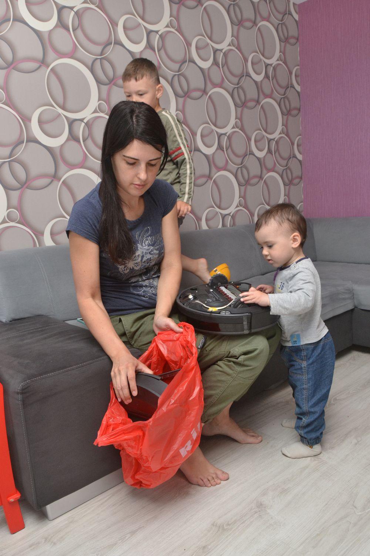 Мама двух детей: «Без помощников в быту не обойтись!»