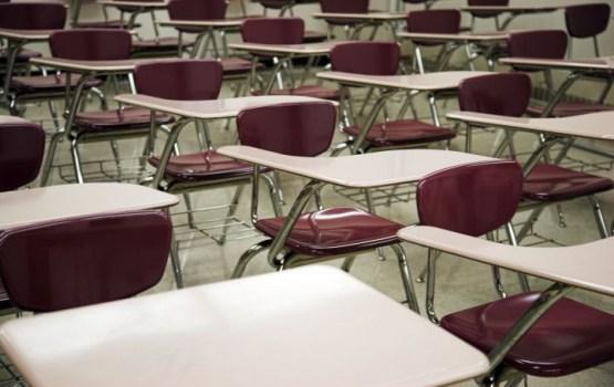 Шадурскис: критериям современной средней школы не соответствует более 100 латвийских школ