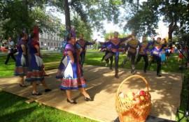 """Krievu kultūras centrs gatavojas svinēt """"Jabločnij Spas"""""""