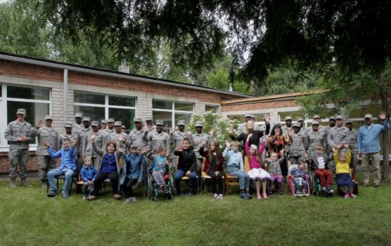 Военные США и Латвии отремонтировали детский реабилитационный центр