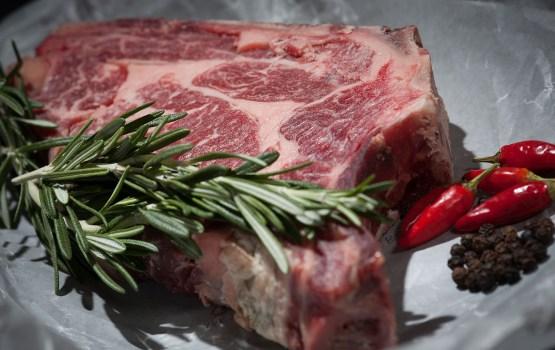 Мясо в Литве почти в два раза дешевле, чем в Латвии