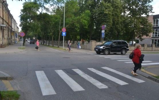 На злополучном перекрестке улицы Виестура установят светофоры