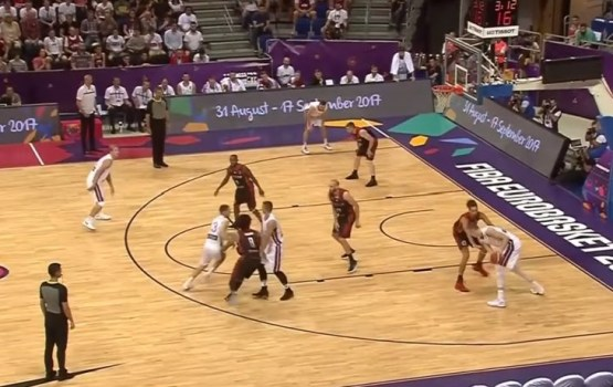 Латвийские баскетболисты заболели перед очередной игрой Евробаскета-2017