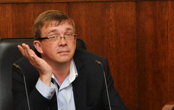 А. Брок призвал В. Кононова к покаянию