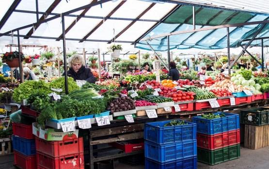 Минфин предлагает применять сниженный НДС на латвийские овощи и фрукты