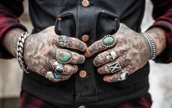 Эксперты назвали главную опасность татуировок