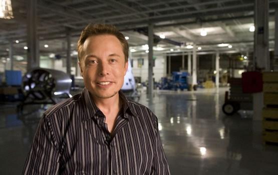 26 октября Tesla представит самоуправляемый электрогрузовик