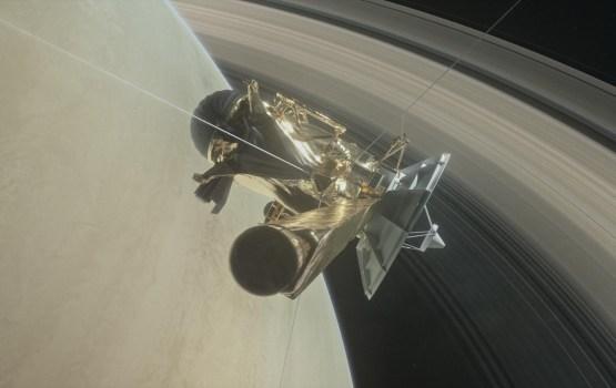 Зонд Cassini начал свой последний репортаж из атмосферы Сатурна