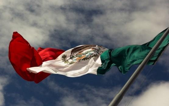 Число жертв землетрясения в Мексике приблизилось к 290