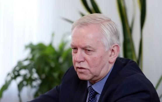 Депутат: родители детей-неграждан променяли гражданство на безвиз с Россией