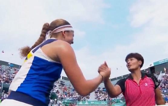 Остапенко прошла в финал турнира в Сеуле (видео)