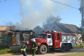 На Новом Строении горело заброшенное здание