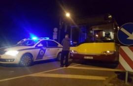 В столкновении машины и автобуса пострадал малыш