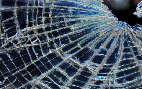 В центре Риги автомобиль врезался в детсадовскую группу; трое детей в больнице