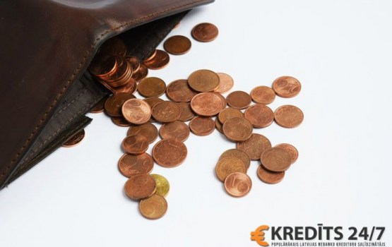 10 привычек, обрекающих на бедность