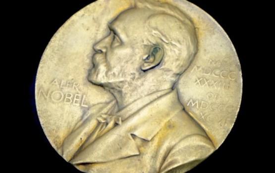 Нобелевская премия по физике присуждена создателям коллаборации LIGO