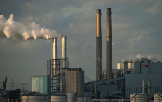 Выпуск промышленной продукции в Латвии за восемь месяцев вырос на 9,4%