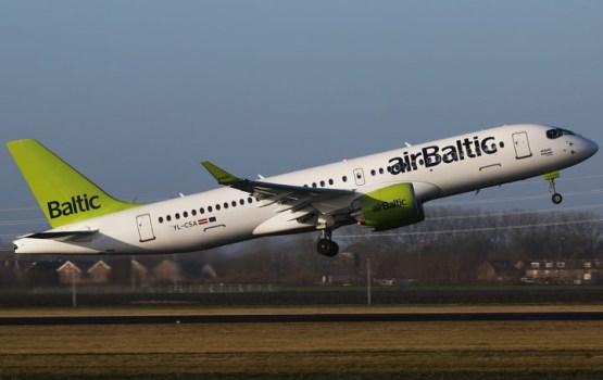 LTV: airBaltic приостановил полеты Bombardier CS300