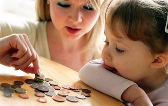 Детское пособие: «слезы» на поддержку семьям