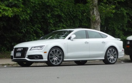 Предприниматель: детали для Audi и Mercedes производят в Латвии