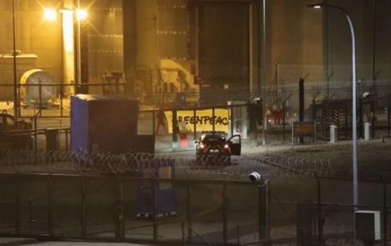Активисты Greenpeace напали на АЭС во Франции и устроили фейерверк (ВИДЕО)